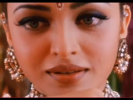Bollywood Makeup : Aishwarya Rai inspired makeup look ...