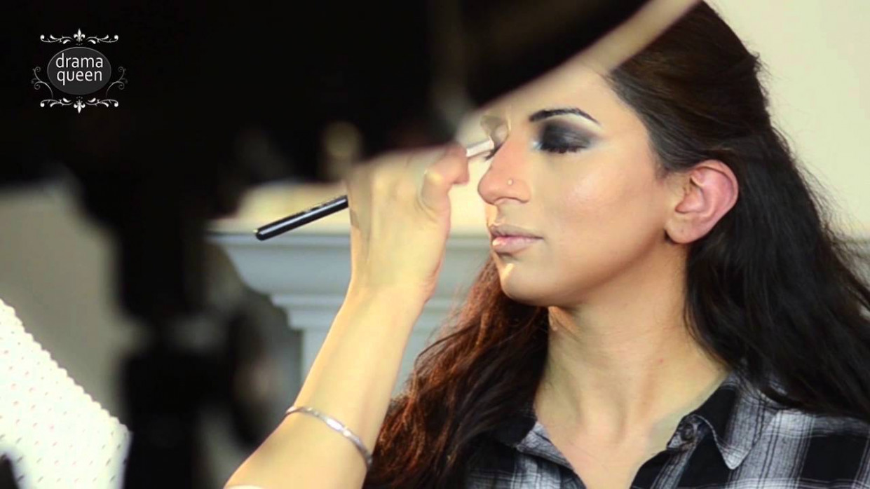 Bollywood Makeup And Hair Tutorial - YouTube