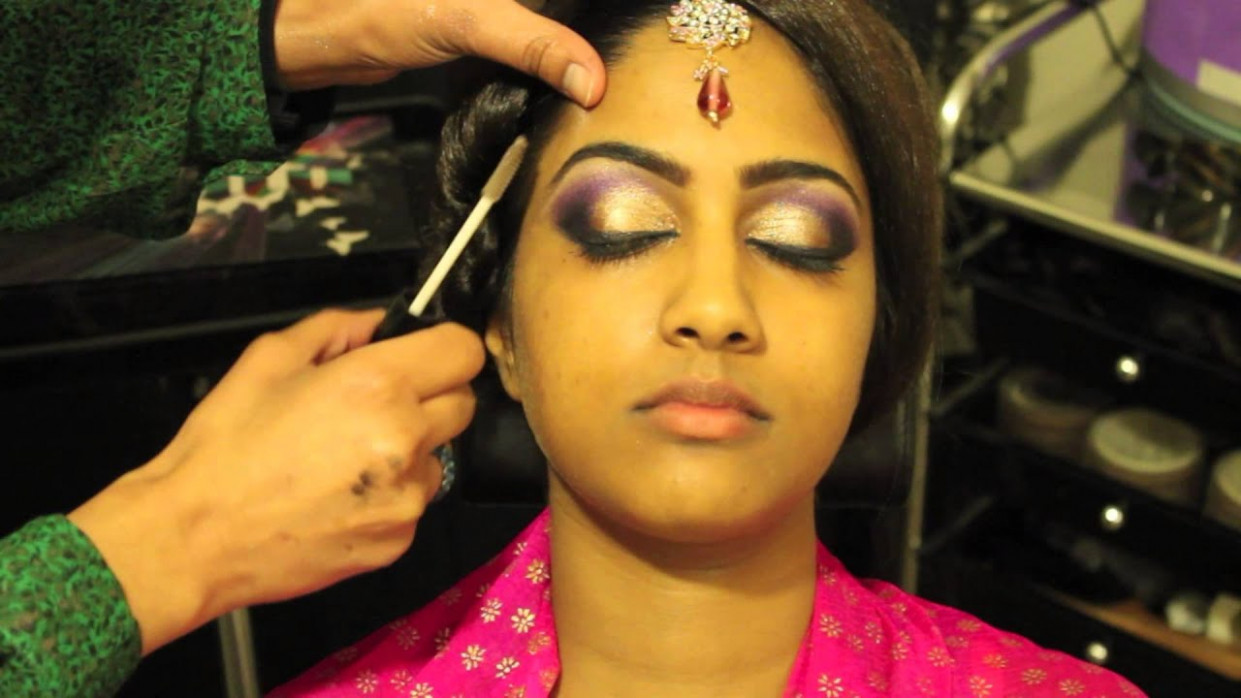Bollywood Makeup Tutorial by Fareeha Khan - YouTube