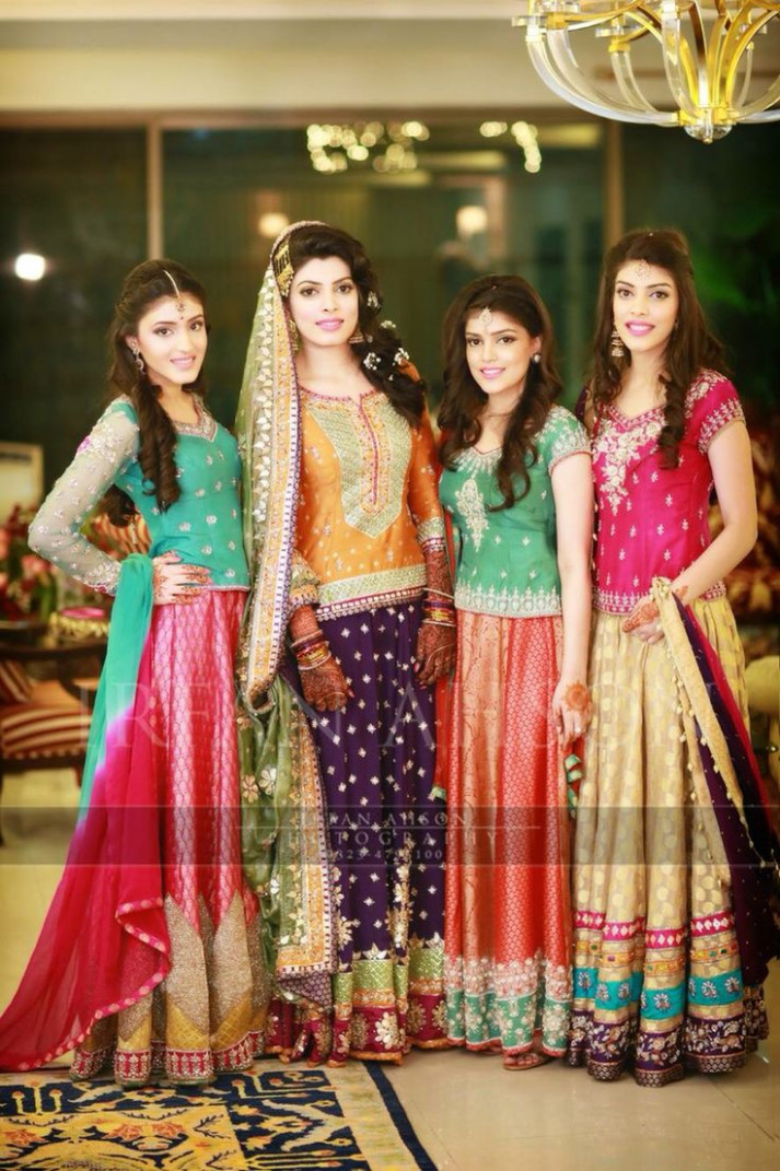 bollywood | Mehndi outfits | Pinterest | Bollywood ...