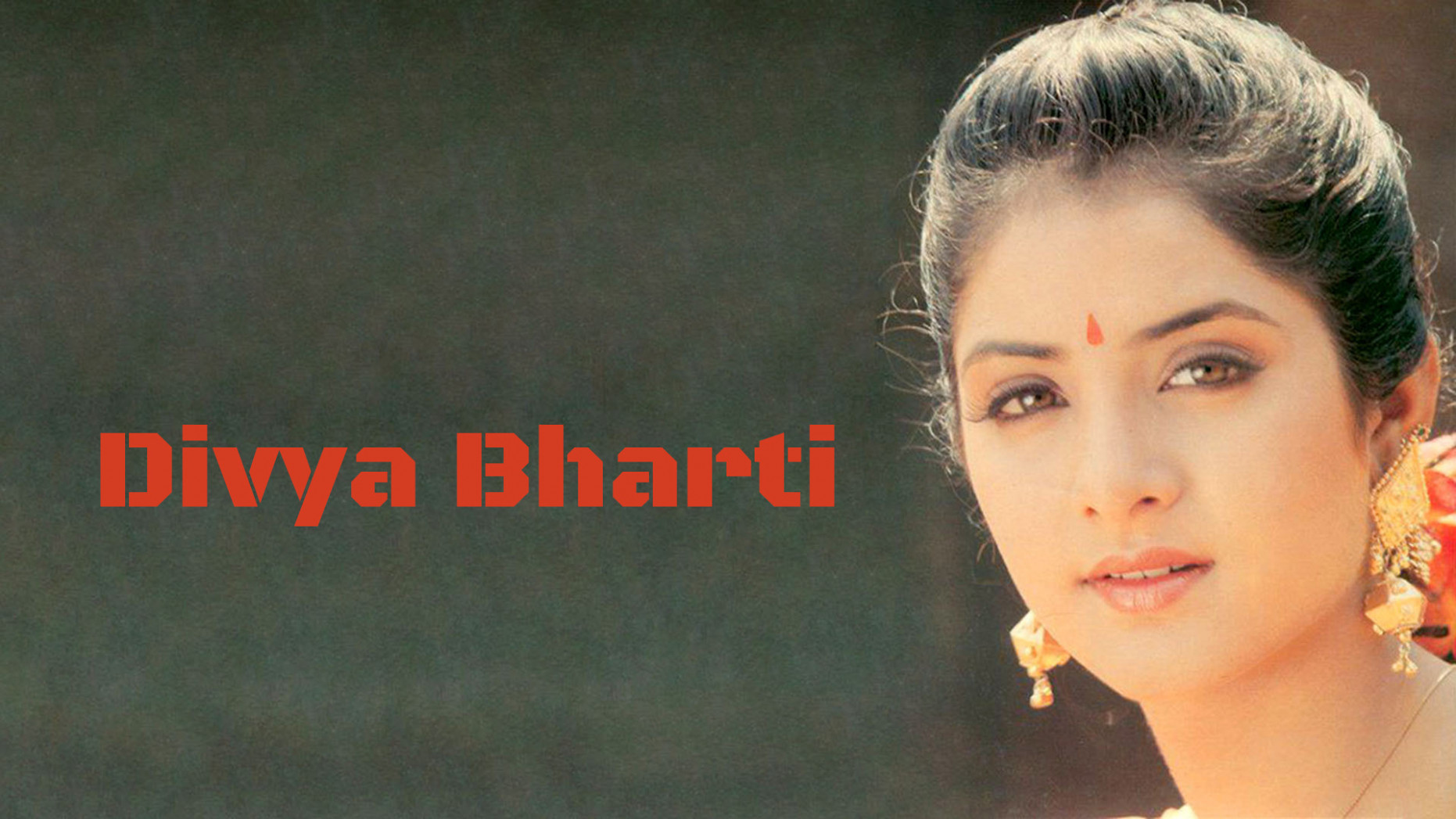 Bollywood Queen Cute Divya Bharti - HD Wallpapers