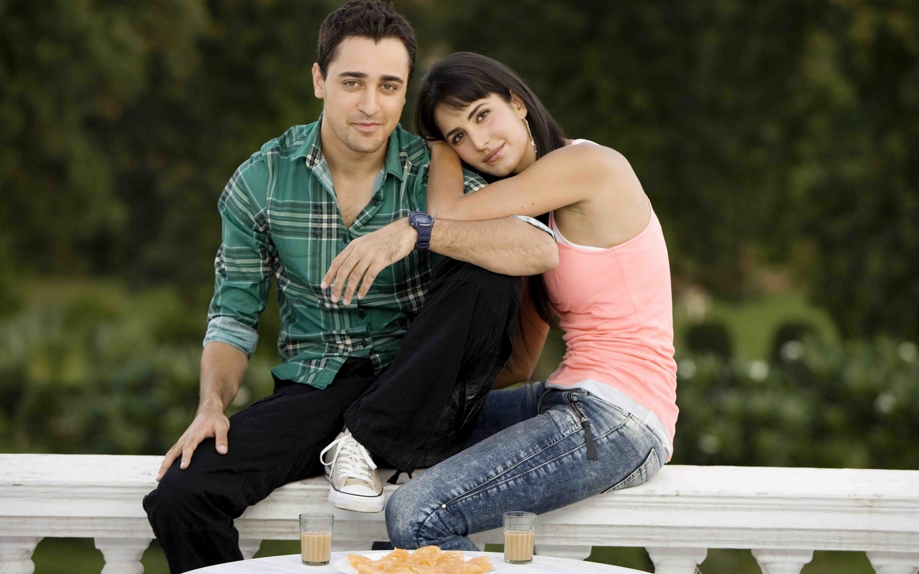Bollywood romantic couple - New hd wallpaperNew hd wallpaper