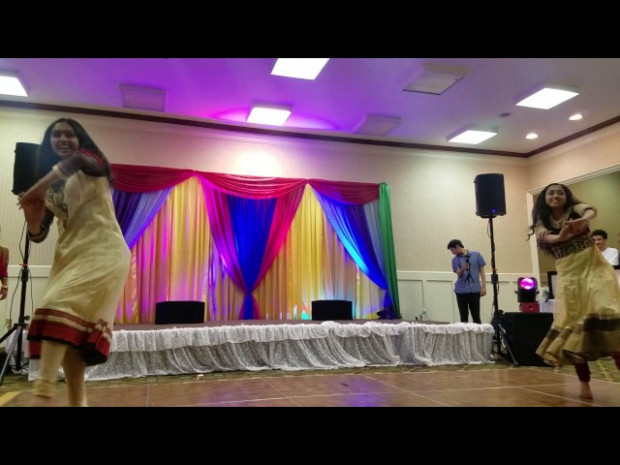 Bollywood Sangeet Bride Surprise Performance April 2017 ...
