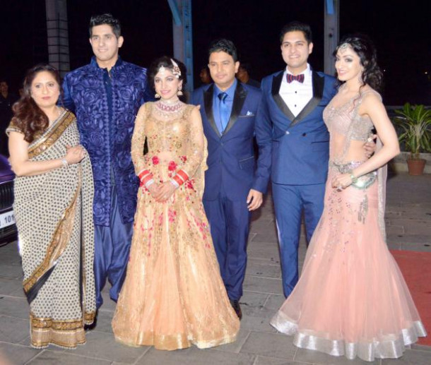 Bollywood stars attend Tulsi Kumar's wedding reception ...