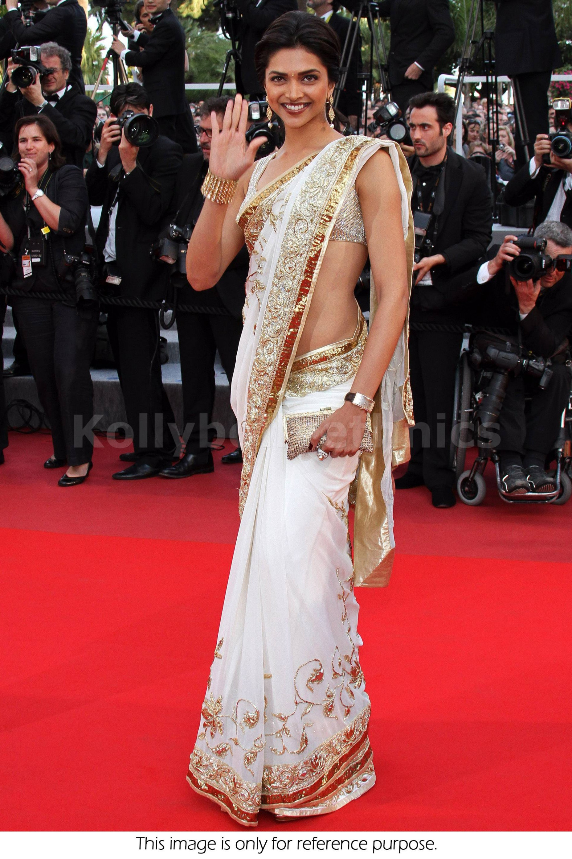 Bollywood Style Deepika padukone white and golden border ...