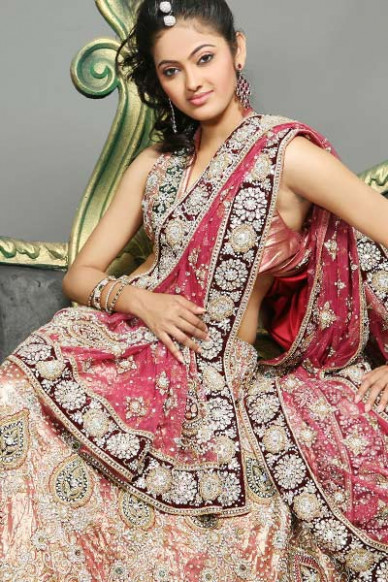 boutique9: Bridesmaid Lehnga Choli Fashion