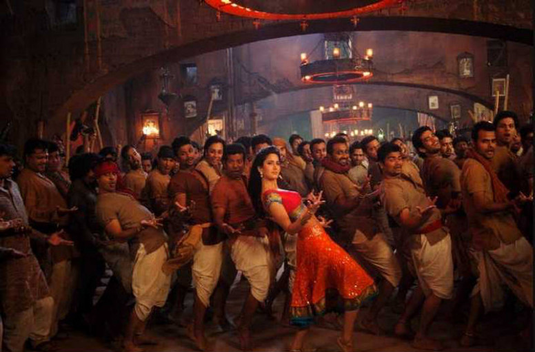 Chikni Chameli Full Song ft Katrina Kaif In Agneepath ...