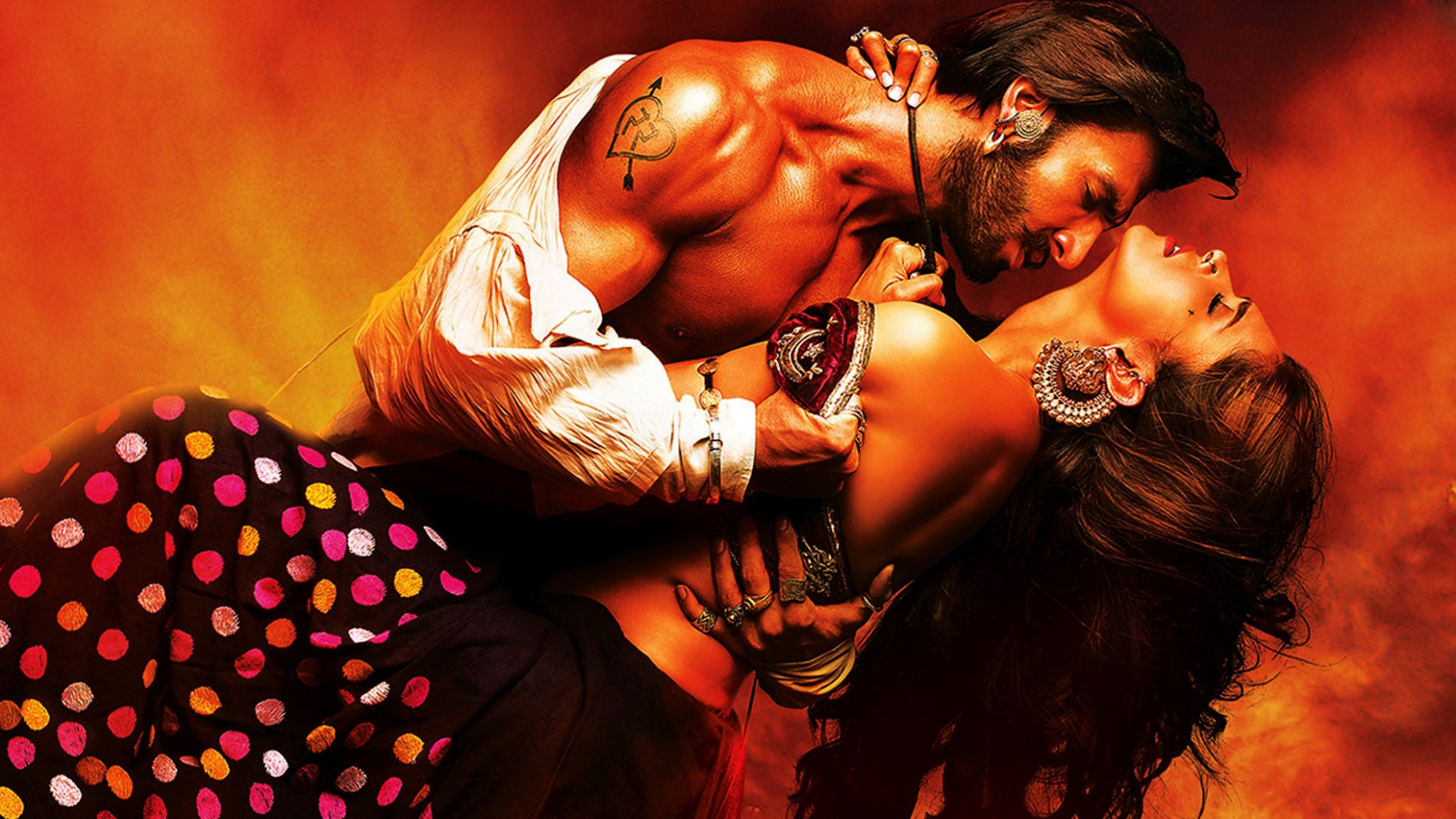 Deepika and Ranveer romantic couple - New hd wallpaperNew ...