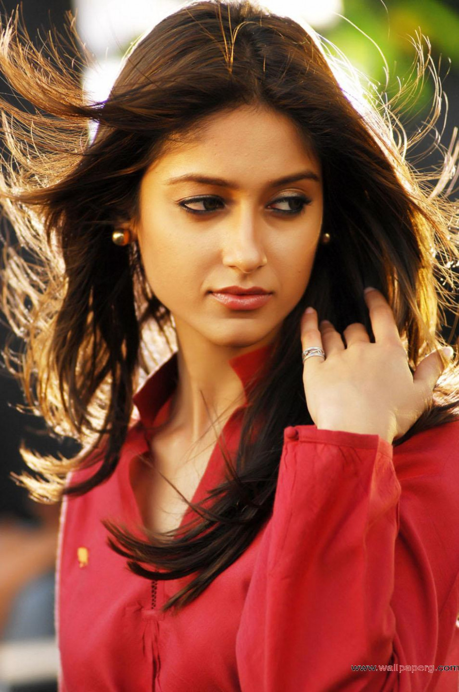Download Iliana stills 10 - Cool actress images-Mobile Version - bollywood actress wallpaper zip file download