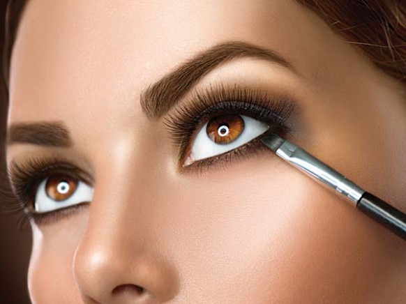 Easy Eye Makeup For Casual Indian Wear - Boldsky.com