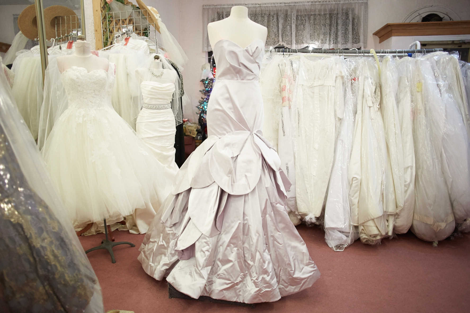 Elegant Vintage Wedding Dress Shops Near Me | Vintage ...
