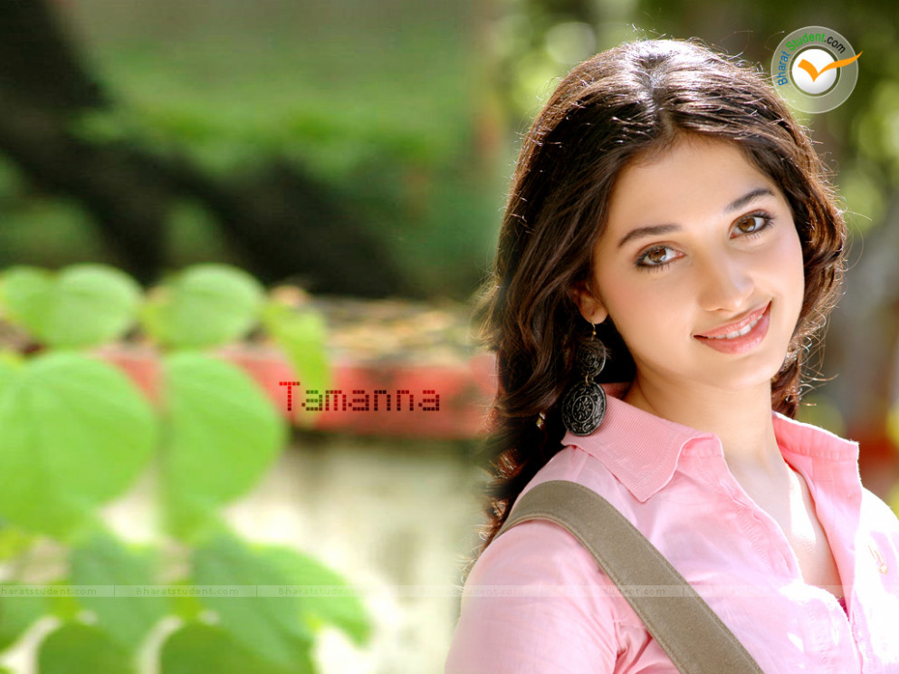 Film Actress Tamanna Bhatia: Actress Tamanna Hot HQ Wallpapers