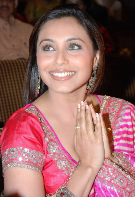 gavin degraw: Rani Mukherjee Hot Wallpapers