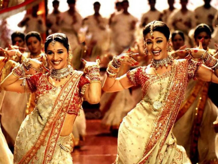 green bay | Wedding Dresses: Bollywood Wedding Songs ...