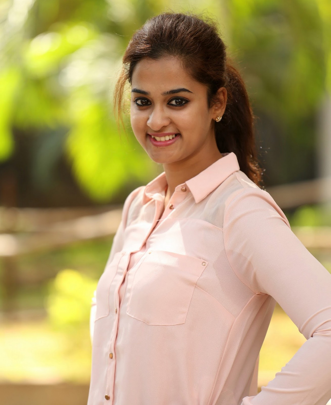 Hot Actress Nanditha Sweaty Armpits ~ Tollywood Celebs ...