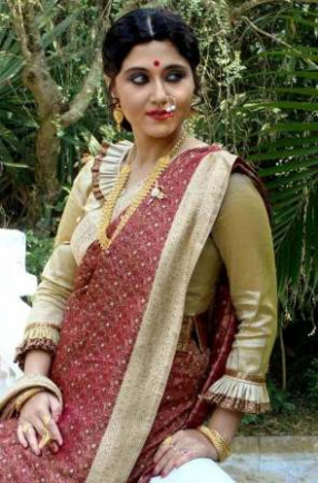 HOT ACTRESSES PICTURES AND GOSSIPS: Hot Bengali Actress ...