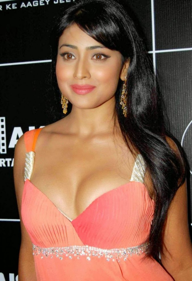 Hot and sexy tollywood tempting south Indian movie Actress ...