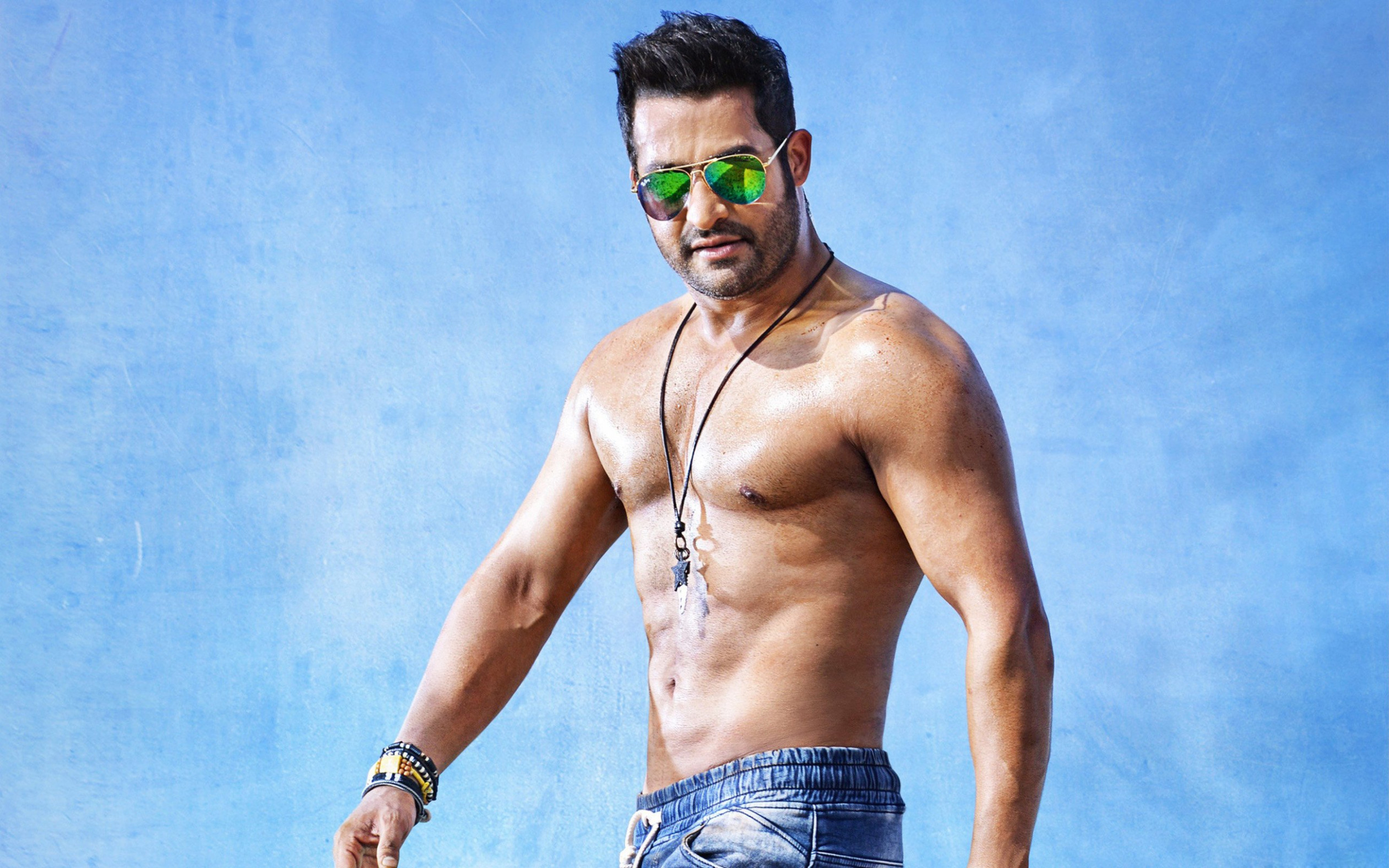Hot body of tollywood actor N T R hd images | Latest HD ...