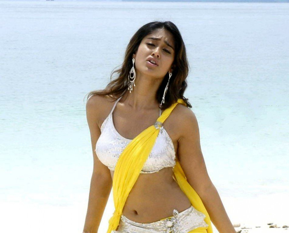 Ileana's Item Song in Tollywood?