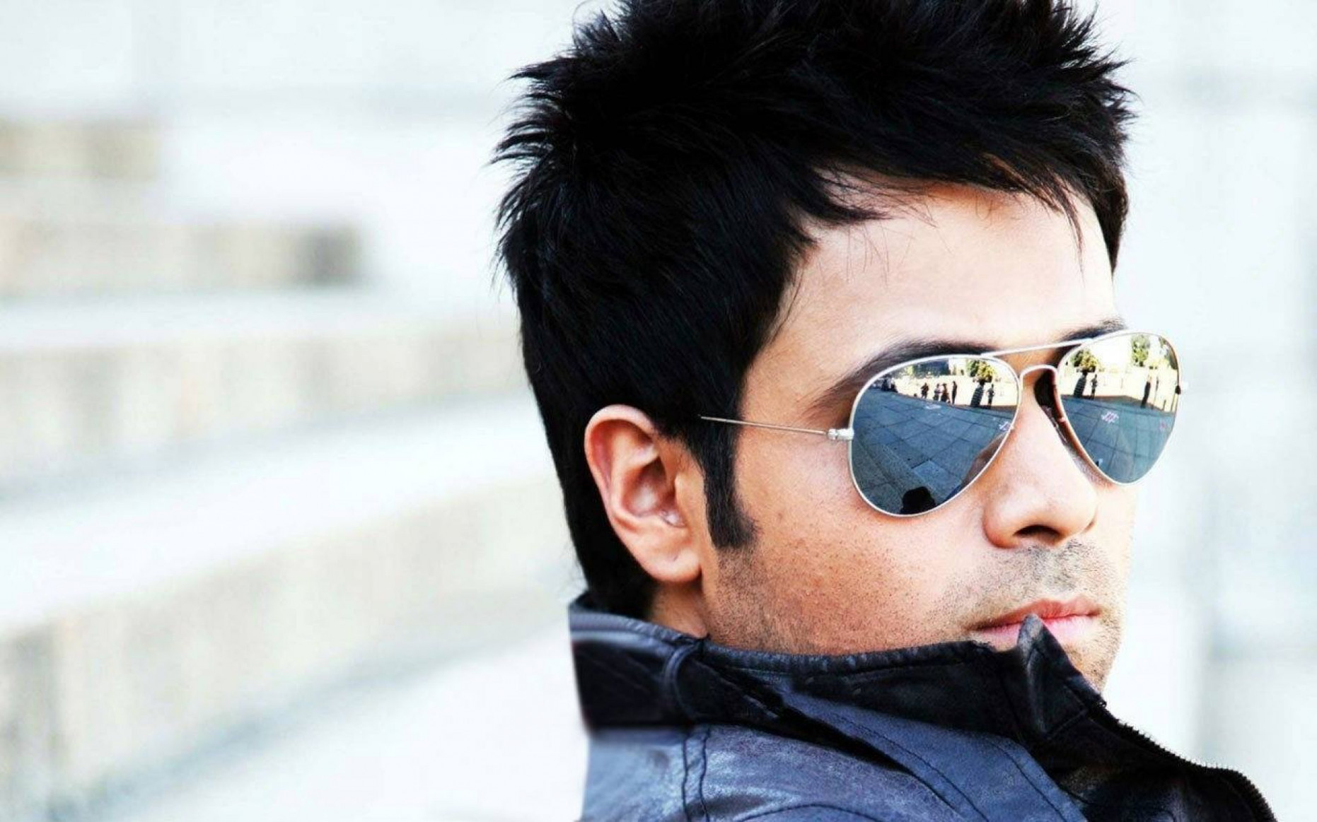 Imran Hashmi In Prague | HD Bollywood Actors Wallpapers ...