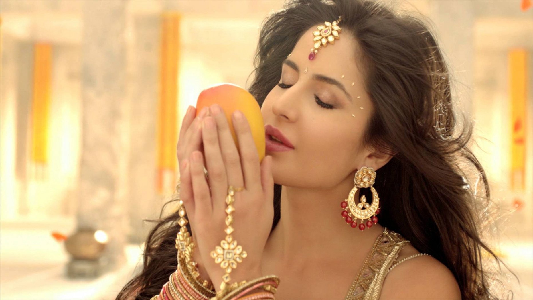 INDIA DIVA » Katrina Kaif becomes Tropicana first-ever ...