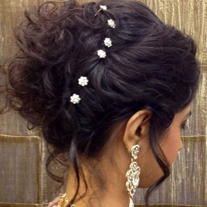 indian bridal hairstyle hair bun | Indian bridal ...