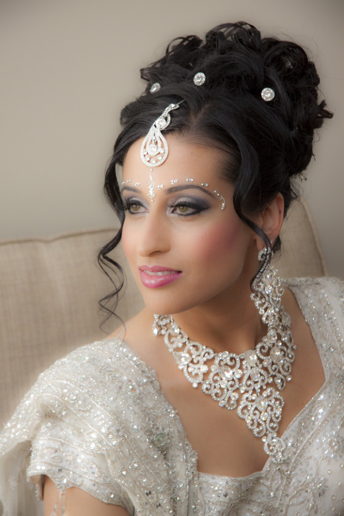 Indian Bridal Makeup Wear Hairstyles Dresses Jewellery ...