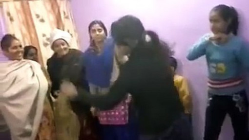 INDIAN GIRLS DANCE IN MARRIAGE ON DJ SONG - YouTube ...
