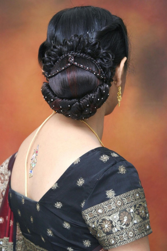 Indian Wedding And Reception Hairstyle Trends 2013 - India ...
