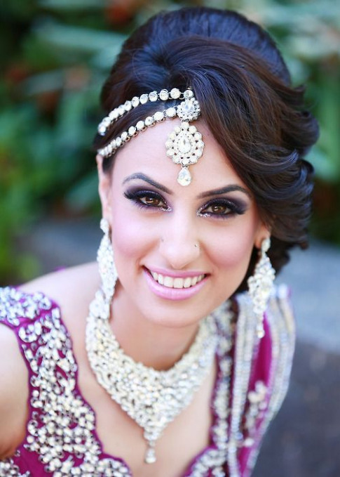 Indian wedding hairstyles: updo