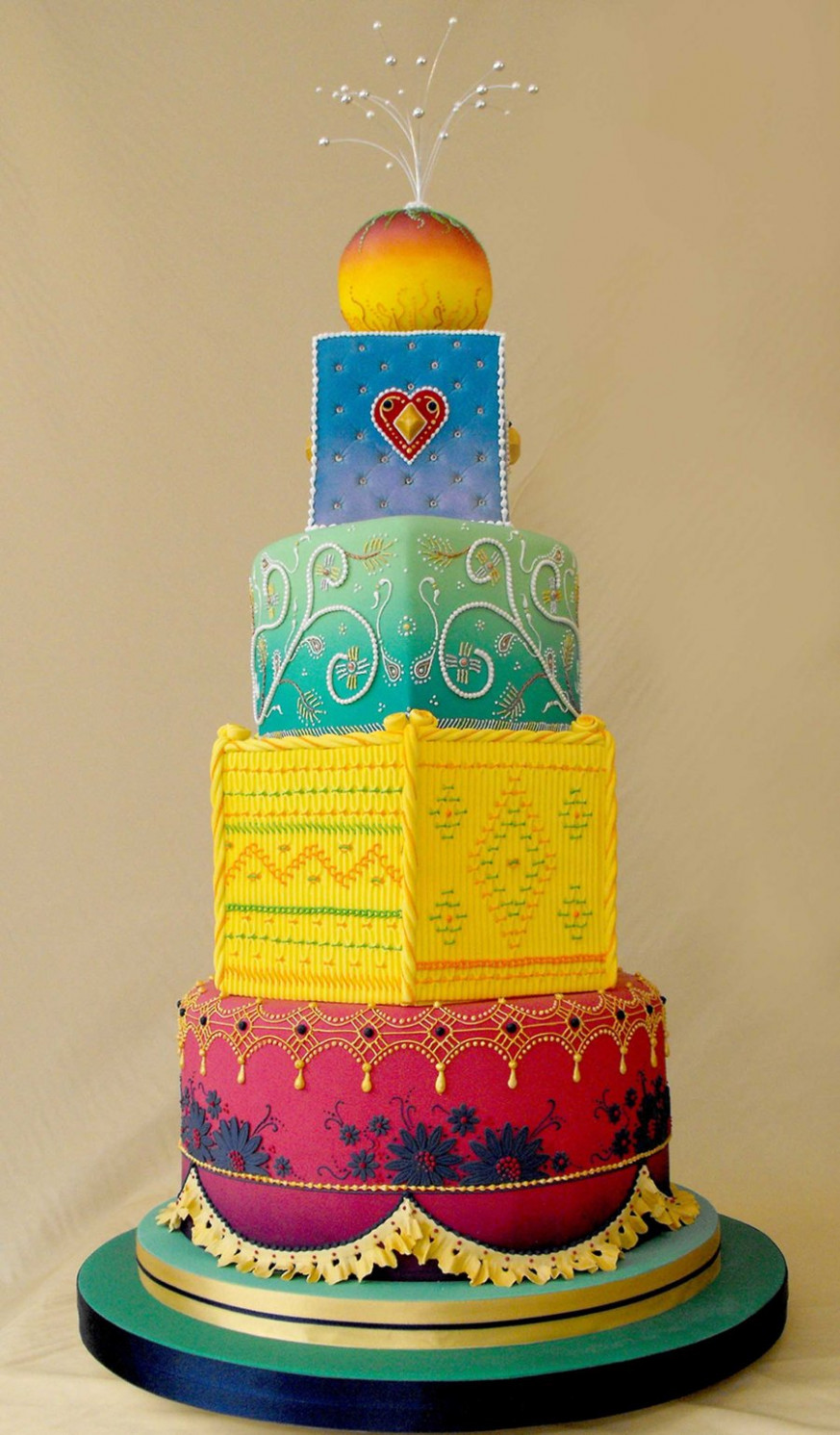 Indian Weddings, Amazingg Details, Indian Wedding Cakes ...