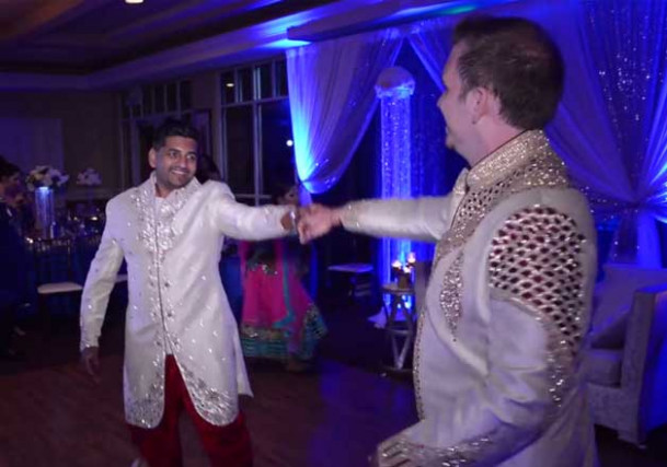 Indo-American Gay couple married in Hindu traditional ...