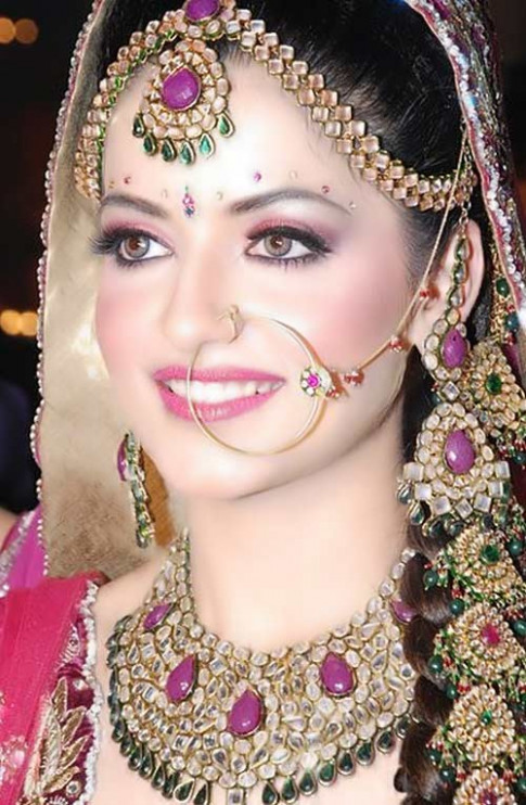Inspiring Indian Bridal Makeup Tutorial Step By Step Guide ...