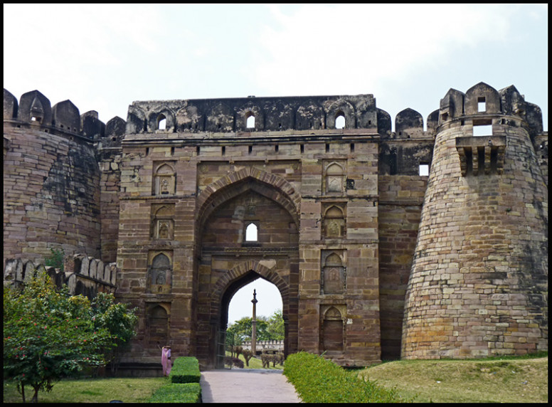 Jaunpur Shahi Fort entry ticket price will increase by ASI ...