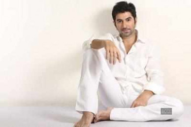 Jeet Bengali actor: Tollywood creates history, signs on ...