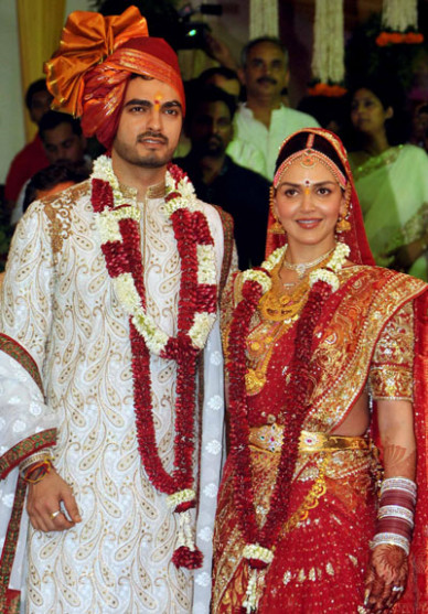 Just married: Esha Deol and Bharat Takhtani - Emirates 24|7