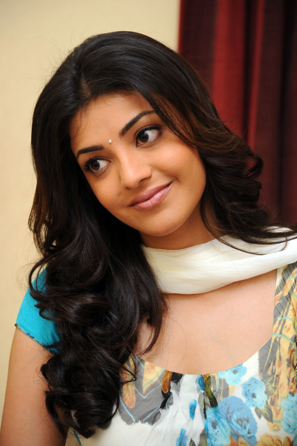 Kajal Agarwal Pair Up With Dhanush | tollynbolly.com