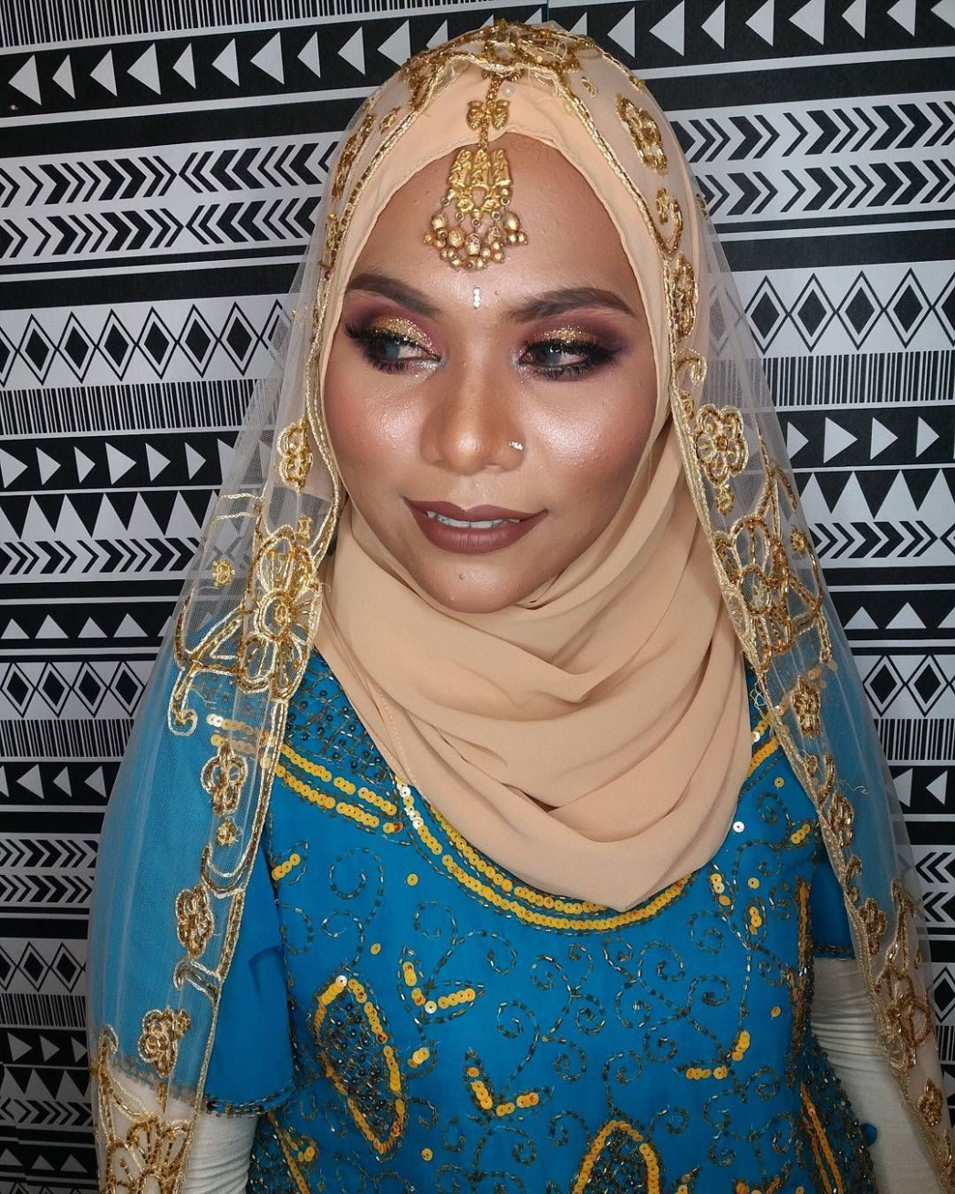 Kak Sya makeup syaffaziz for dinner tema Bollywood katenye ...
