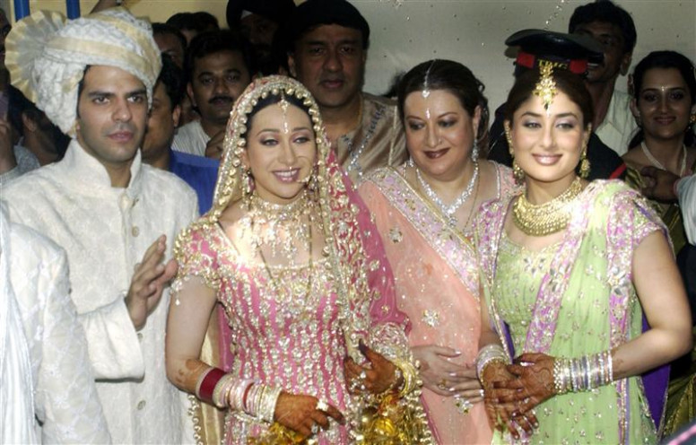 karishma kapoor wedding images |Shadi Pictures