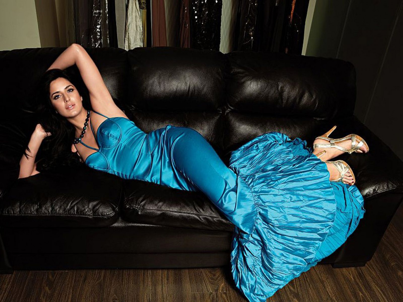 katrina kaif in blue dress wallpapers for pc | Rocking ...