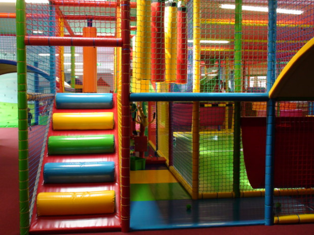 Kinderwelt Regenbogen in 63165 M - tollywood indoorspielplatz