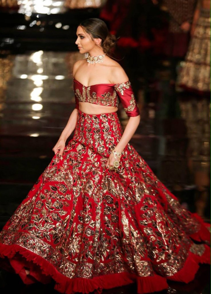 Latest Bollywood Bridal Gowns Collection 2018