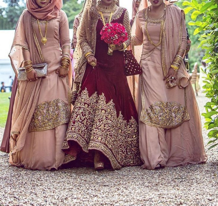 Latest Indian Bridesmaid Dresses Designs 2017 - HijabiWorld