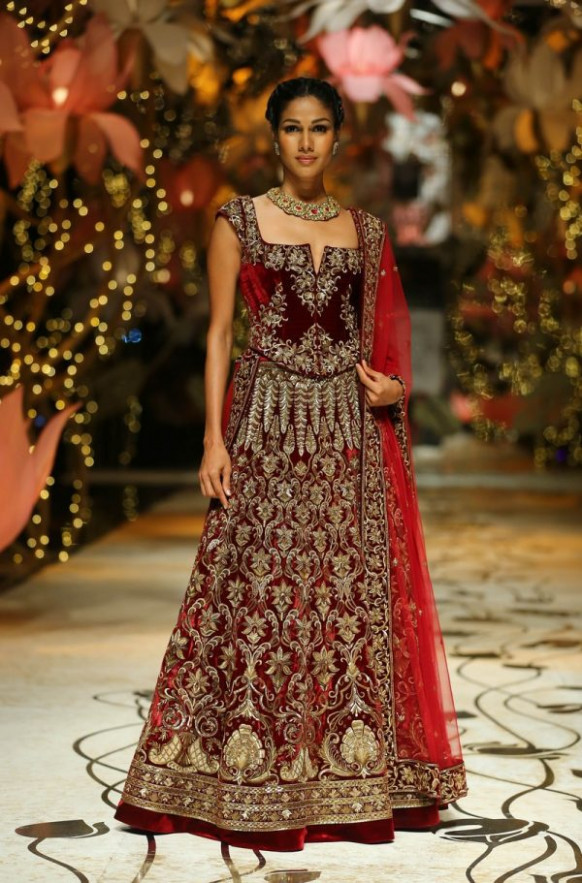 Latest Pakistani Indian lehenga dresses 2017