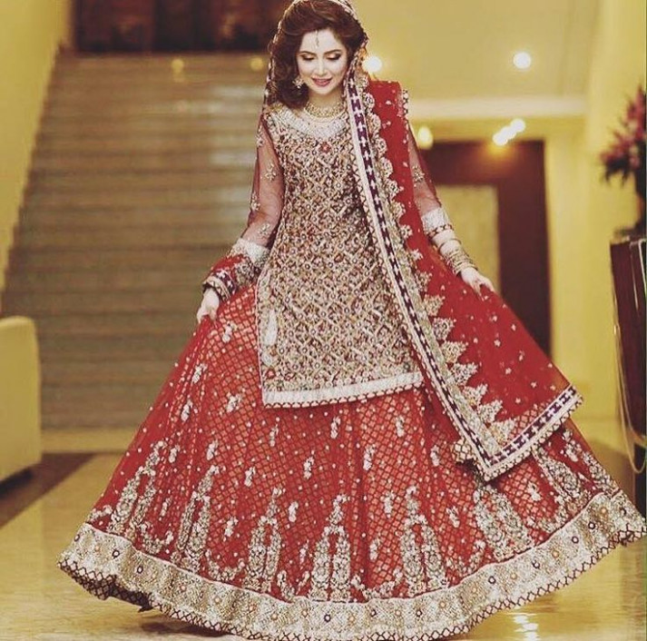 Latest Stylish Pakistani Bridal Makeup & Wedding Dresses ...