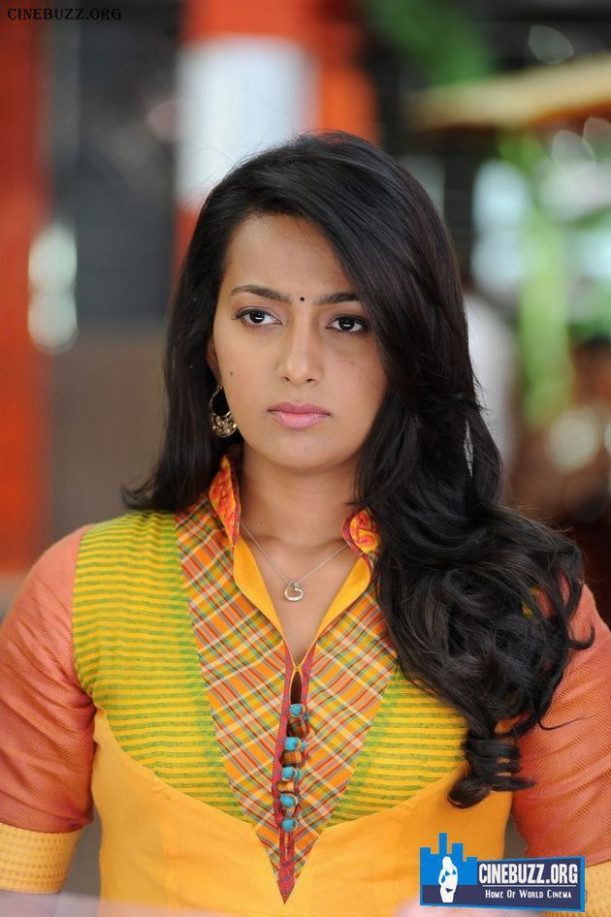 Latest Unseen Pics of Ester Noronha | Tollywood Actresses ...
