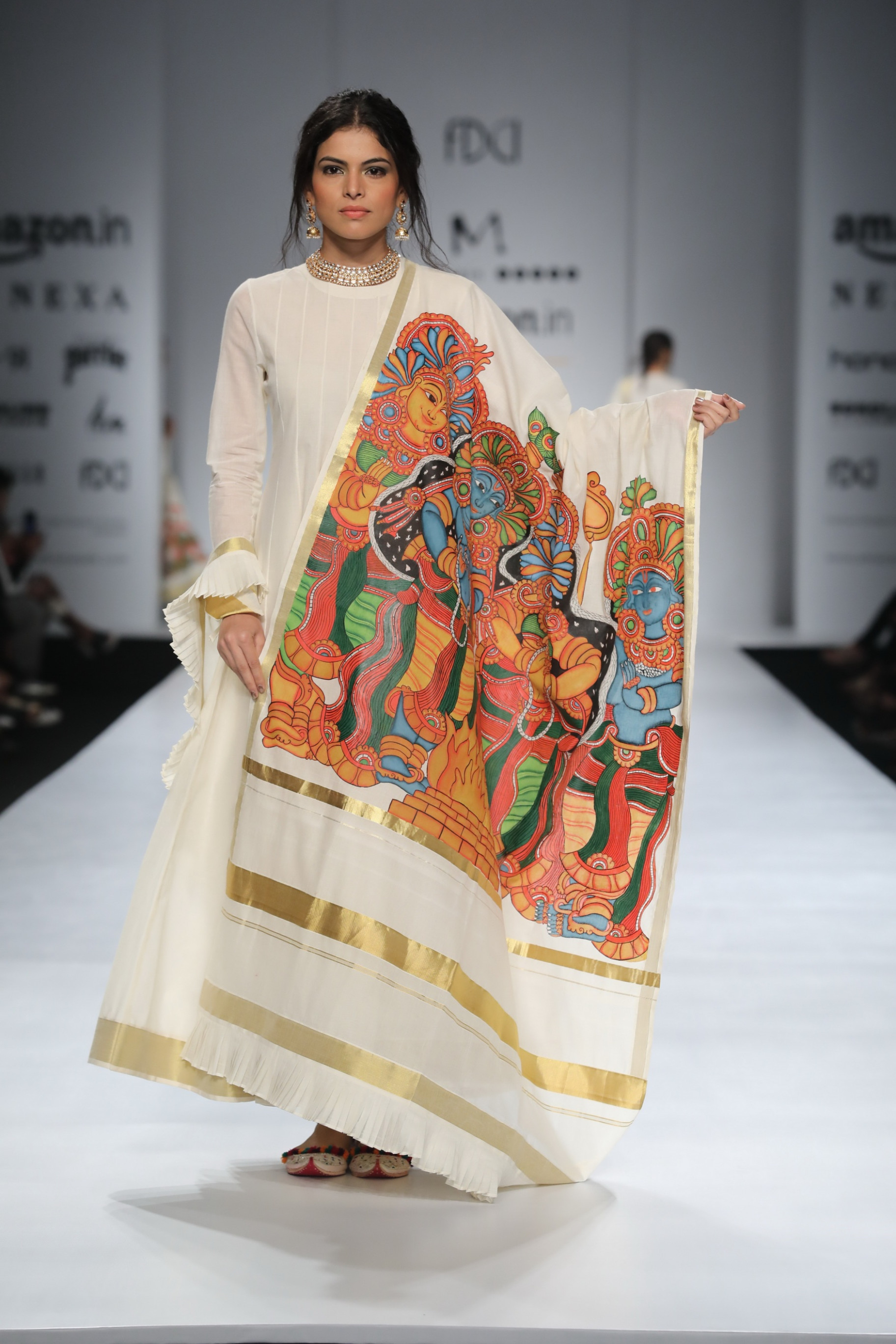 Madhu Jain Presents - Amazon India Fashion Week Spring ...
