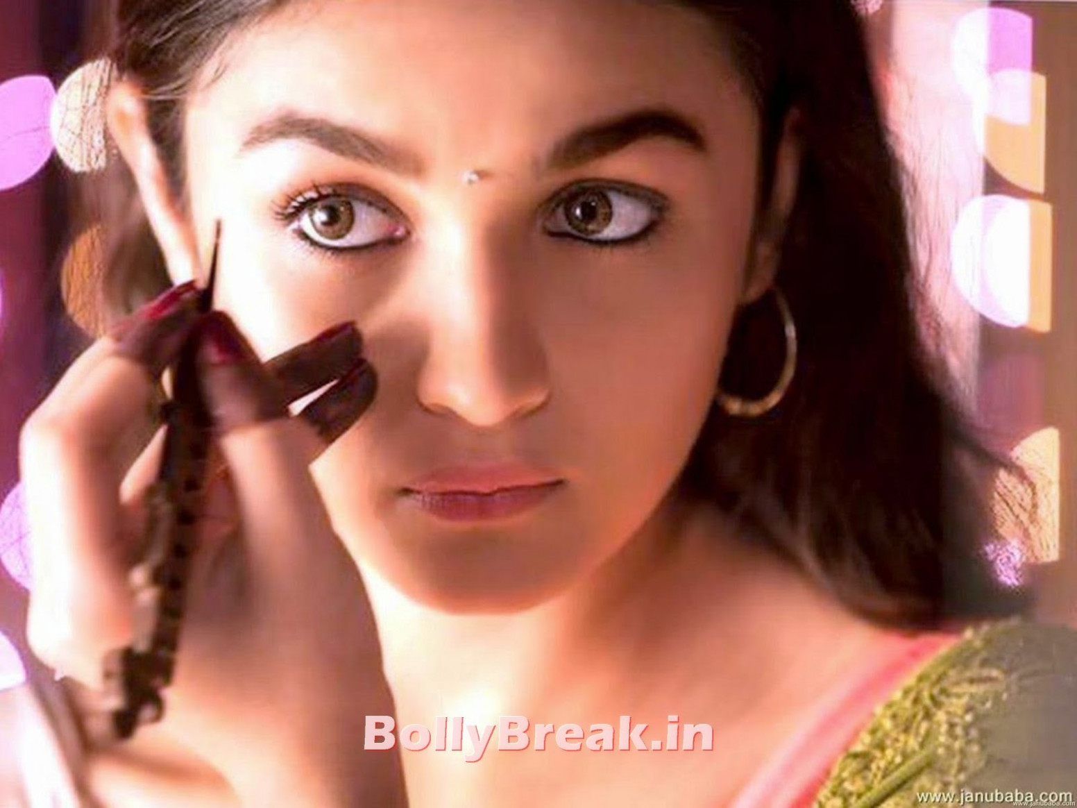 Makeup Room Pics of Bollywood Actresses - 12 Pics