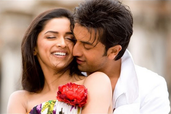 Most romantic hindi songs for couple dance