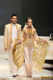 My Big Fat Punjabi Wedding on Pinterest | Kebaya ...
